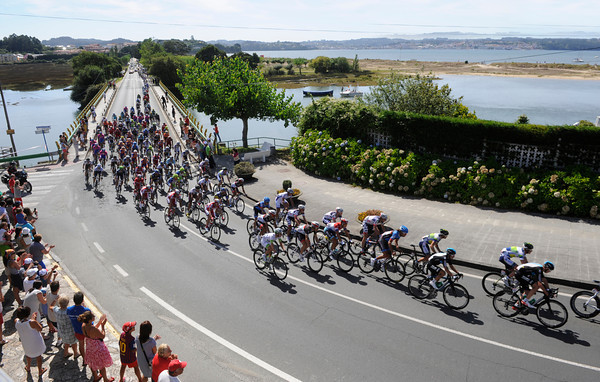 The peloton crosses another river estuary on its way north - they are six minutes down and not too excited about chasing...