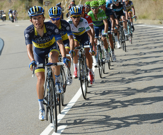 Rafal Majka is once again setting a fantastic pace for Contador, reducing the main group to less than 20-riders...