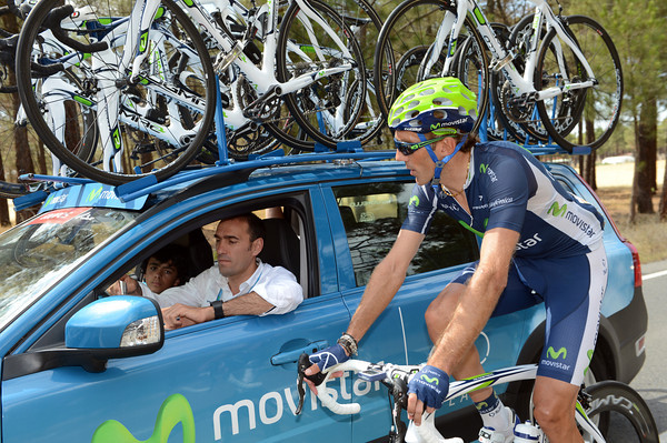 """Here's the plan.."" Pablo Lastras looks at a map with director Jose Luis Arrieta, Movistar want to win this stage..."