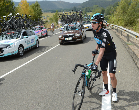 Is the fast start the reason why Rigoberto Uran is walking instead of cycling..?