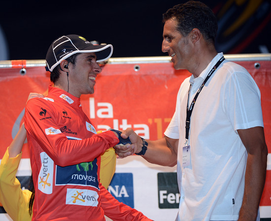Hello my hero - Jonathan Castroviejo is congratulated by local boy Miguel Indurain after taking the leader's jersey