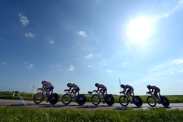 Bright sunshine and blue skies greet the Rabobank continental team in the mens team time trial...