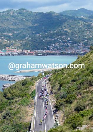 The Giro is heading south again, towards Calabria, but it's a massive 246-kilometre journey..!