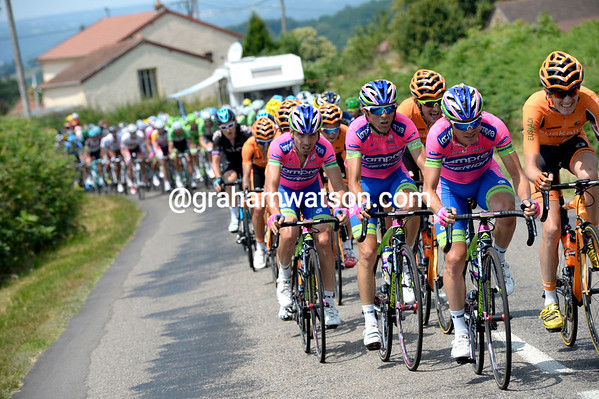 Lampre are on the same wavelength as Euskatel - and they have reduced the lead to less than one-minute...