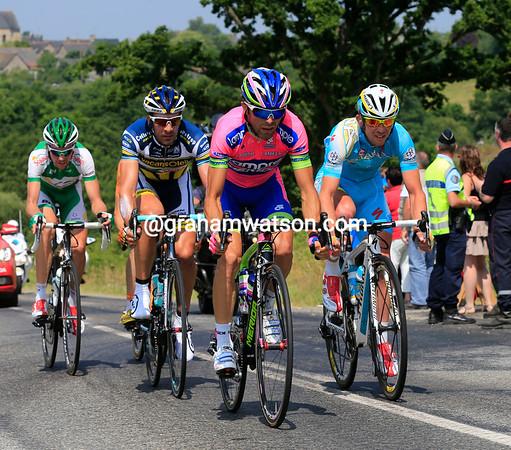 Five riders are away in the day's hopeful escape - Mori, Flecha, Gavazzi, Sicard and Delaplace...