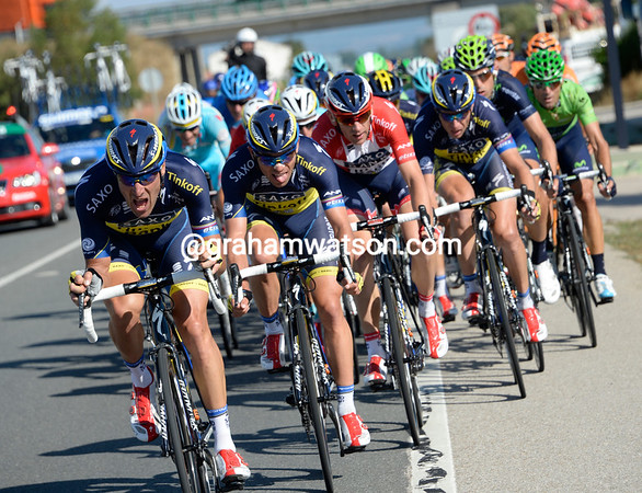 Saxo-Tinkoff seize the moment to hoist Roche up the G.C - Mateo Tosatto is loving the adrenalin rush..!