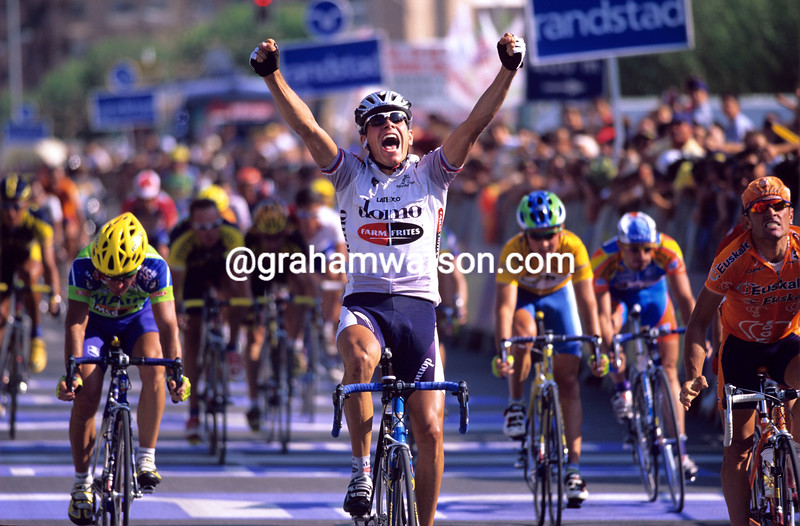 Tomas Konecny wins a stage of the 2001 Vuelta a España
