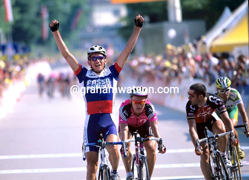 Serguei Ivanov wins a stage of the 2001 Tour de Suisse