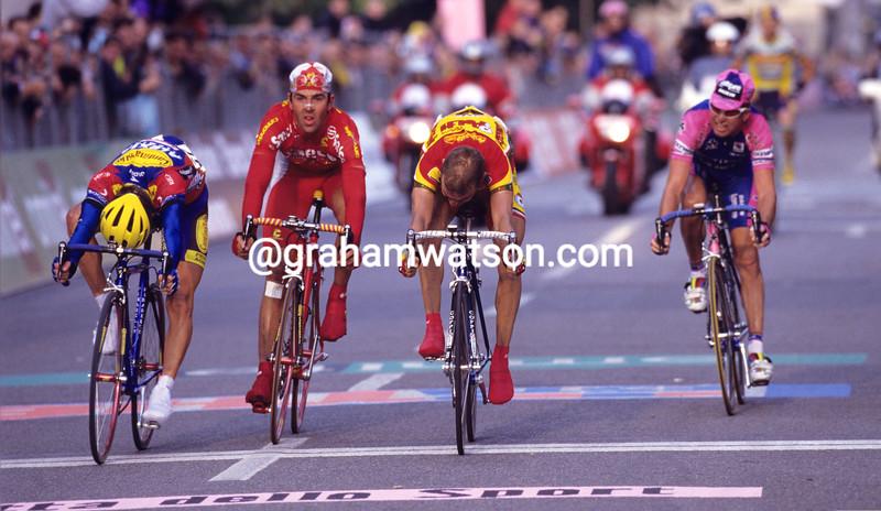 Mirko Celestino wins the Giro di Lombardia in 1999