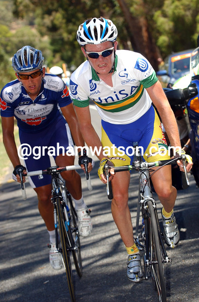 PAUL CRAKE LEADS ALLAN DAVIS DURING STAGE TWO OF THE TOUR DOWN UNDER TO HAHNDORF