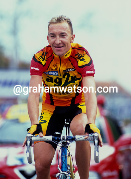 Christophe Agnolutto wins a stage of the 2000 Tour de France