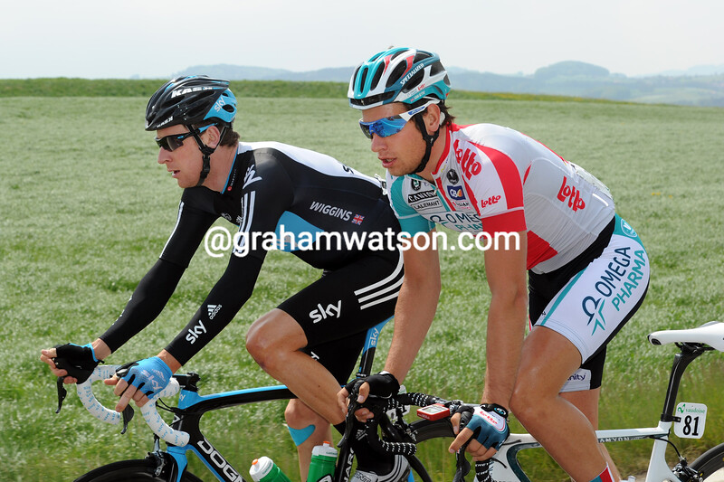 BRADLEY WIGGINS AND ADAM BLYTHE ON STAGE TWO OF THE 2011 TOUR DE ROMANDIE