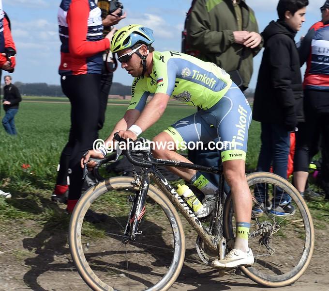 Adama Blythe in the 2016 Paris-Roubaix