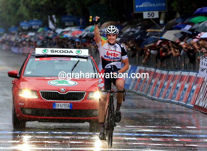 Adam Hansen wins stage seven at the 2013 Giro d'Italia