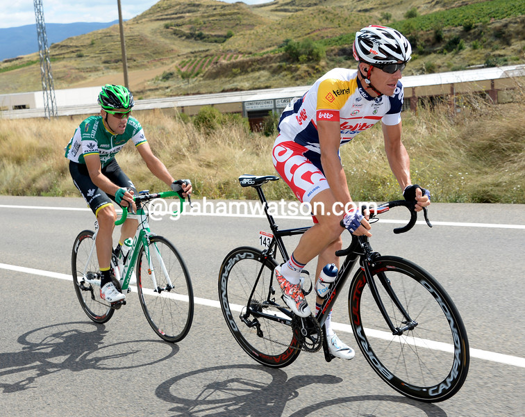 Adam Hansen escapes with Aramendia on stage seventeen of the 2013 Tour of Spain