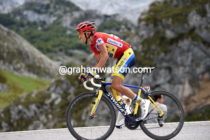 Alberto Contador attacks at Lagos de Covadonga in the 2014 Vuelta a España