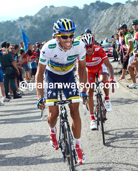 Alberto Contador attacks on stage fifteen of the 2012 Vuelta España