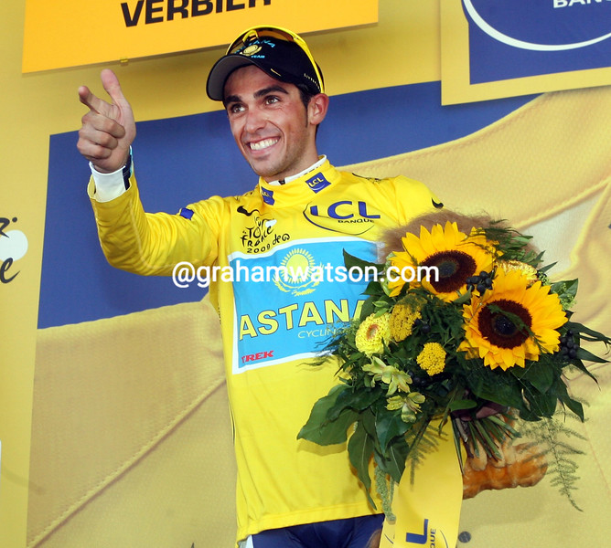 ALBERTO CONTADOR ON THE PODIUM AFTER WINNING STAGE FIFTEEN OF THE 2009 TOUR DE FRANCE