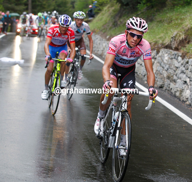 Alberto Contador ATTACKS ON STAGE FIFTEEN OF THE 2011 GIRO D'ITALIA