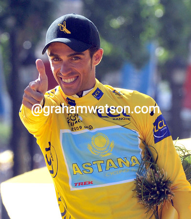 ALBERTO CONTADOR ON STAGE TWENTY ONE OF THE 2009 TOUR DE FRANCE