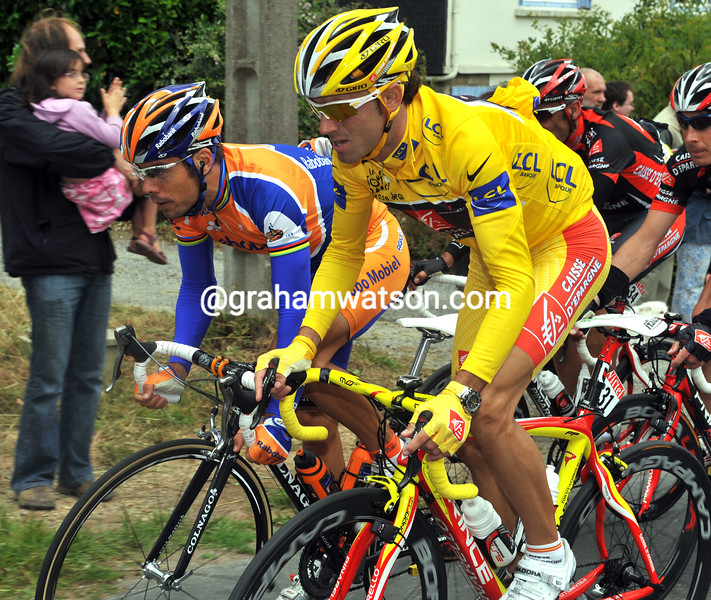 OSCAR FREIRE AND ALEJANDRO VALVERDE ON STAGE TWO OF THE 2008 TOUR DE FRANCE