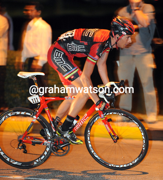 ALESSANDRO BALLAN LEADS AN ESCAPE ON STAGE ONE OF THE 2010 TOUR OF OMAN