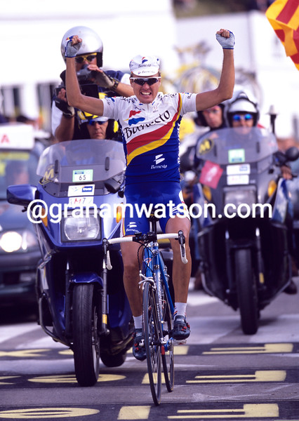 Alex Zulle on a stage of the 1999 Tour of Spain