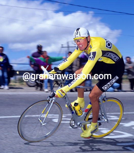Alex Zulle on a stage of the 1994 Tour of Spain