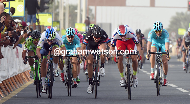 Alexander Kristoff wins stage four of the 2015 Tour of Qatar