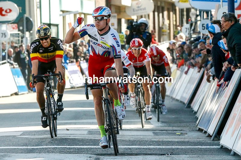 Alexander Kristoff wins stage one of the 2015 3-Days of De Panne