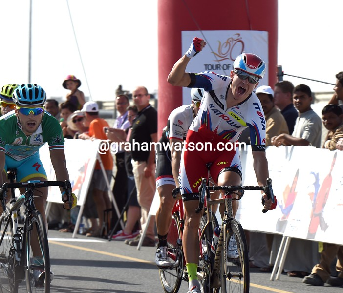 Alexander Kristoff wins stage three of the 2015 Tour of Oman
