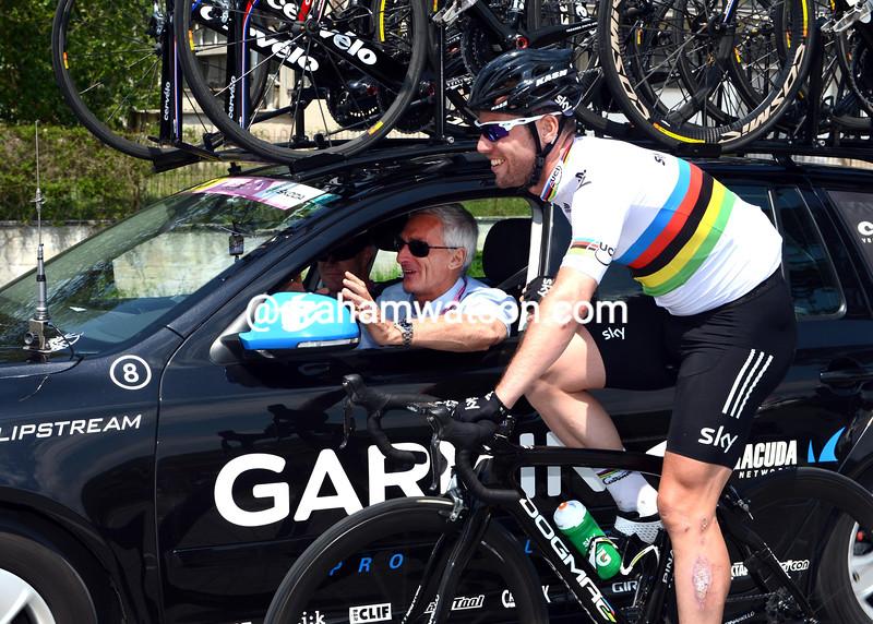 Mark Cavendish and Allan Peiper on stage eight of the 2012 Giro d'Italia