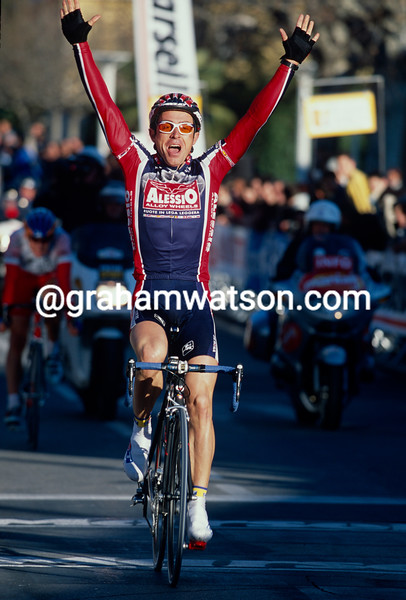 Andre Ferrigato wins a stage of the 1999 Etoile de Besseges
