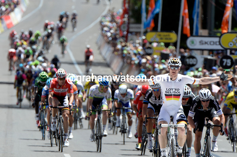Andre Greipel wins stage six, leaving everyone in his wake..!