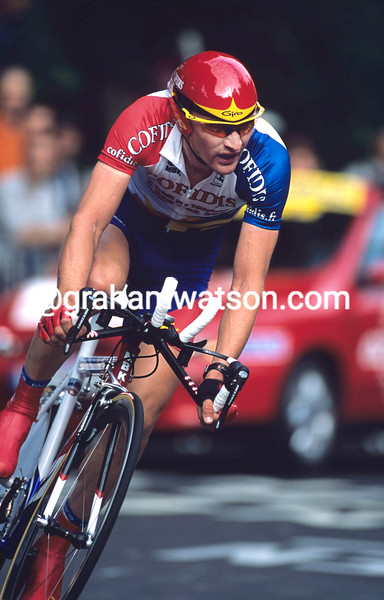 Andre Kivilev on a stage of the 2001 Tour de France
