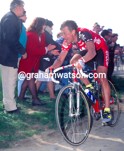 Andre Tchmil in the 1995 Paris-Roubaix