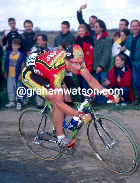 Andre Tchmil in the 1999 Paris-Roubaix
