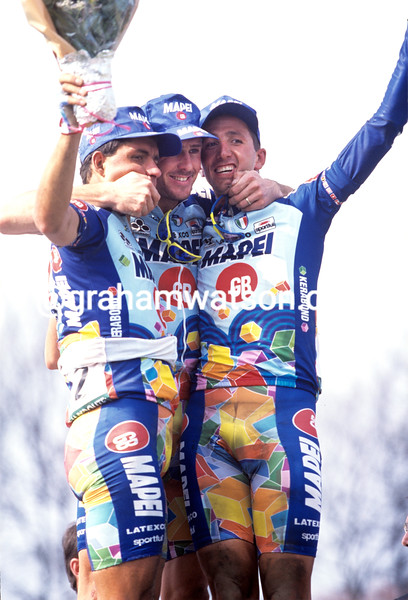 Andrea Tafi with Johan Museeuw and Bortolami n the 1996 Paris-Roubaix