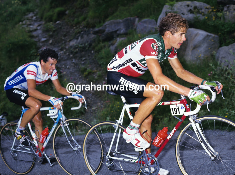 Andy Hampsten and Stephen Roche in the 1987 Tour de France
