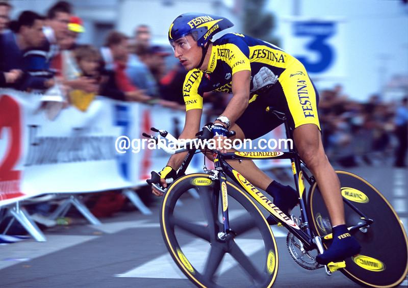 Angel Casero in the 2001 Tour de France