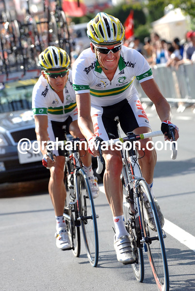 NICK GATES PACES ROBBIE MCEWEN IN THE 2006 WORLD CHAMPIONSHIP