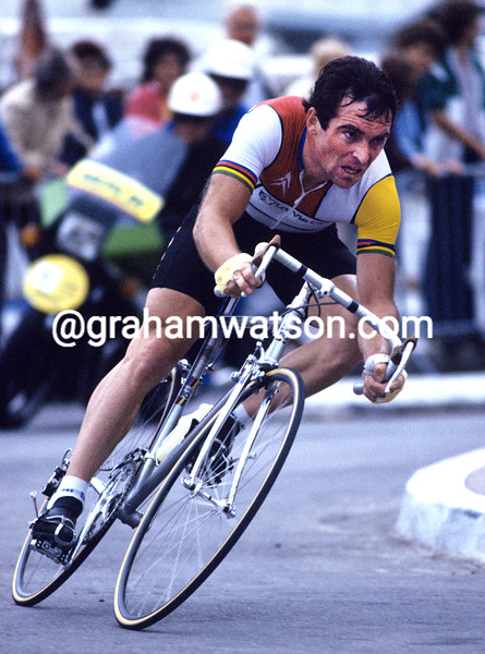 Bernard Hinault in the 1984 G.P. des Nations