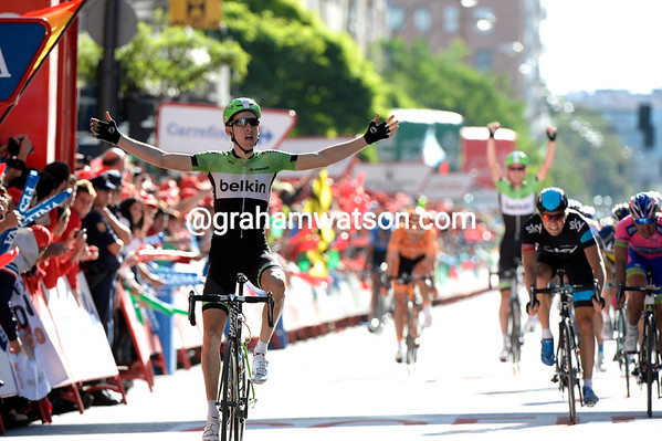 Bauke Mollema wins stage 17 0f the 2014 Tour of Spain