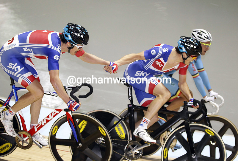 Geraint Thomas and Ben Swift in the madison  race at the 2012 World Track Championships