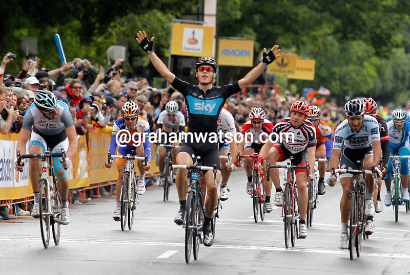 Ben Swift wins stage two of the 2011 Tour of California