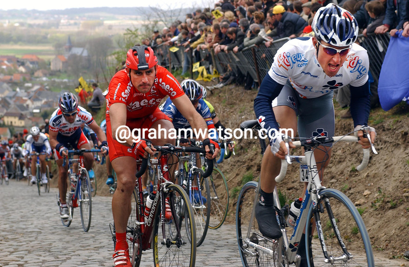 Bernhard Eisel on the Koppenberg in the 2003 tour of flanders