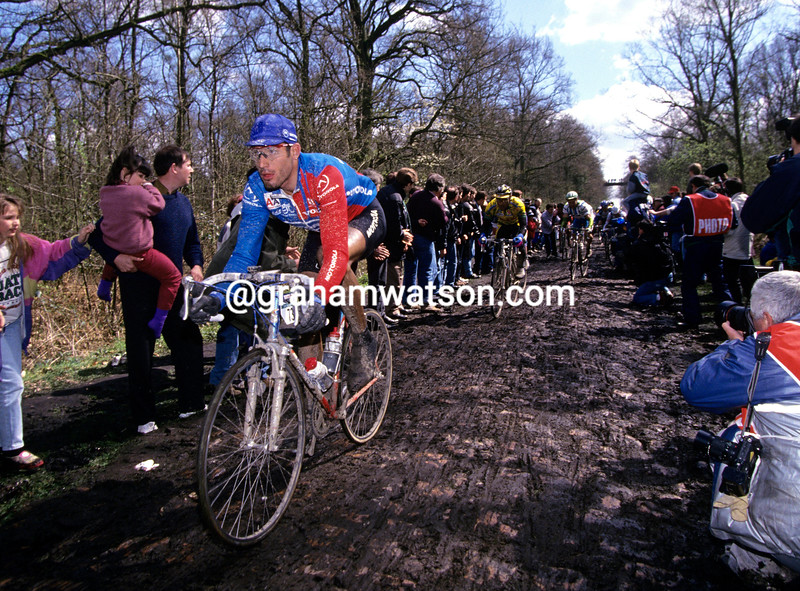 GEORGE HINCAPIE IN THE 1996 PARIS-ROUBAIX