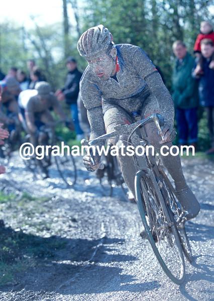 George Hincapie in the 2001 Paris-Roubaix
