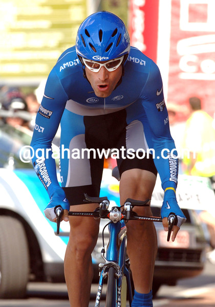 GEORGE HINCAPIE IN ACTION DURING THE PROLOGUE OF THE 2006 DAUPHINE-LIBERE