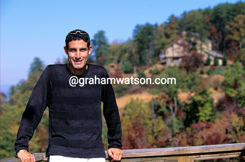 George Hincapie at home in 2001